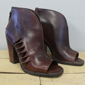 Women's Ariat Cedar Lindsley Peep Toe Booties